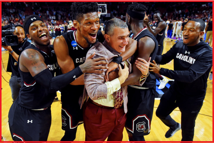 south carolina's gamers celebrated with train frank martin after defeating duke on sunday night time. credit score bob donnan/u.s. today sports activities, via reuters